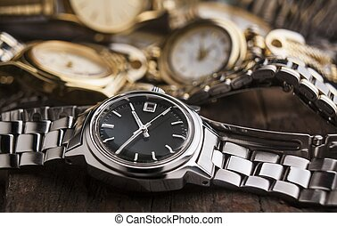tabla de madera, mujer, relojes
