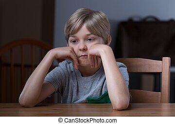 tabla, niño, dejar insatisfecho, sentado
