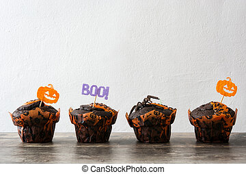 table bois, halloween, muffins