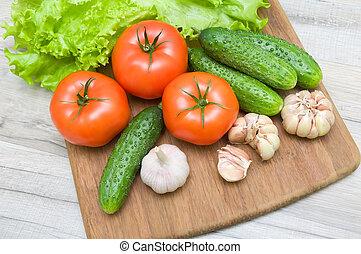 table bois, légumes, planche découper