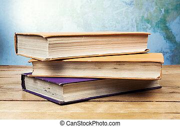table bois, livres, vieux, trois