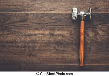 table bois, marteau, cuisine