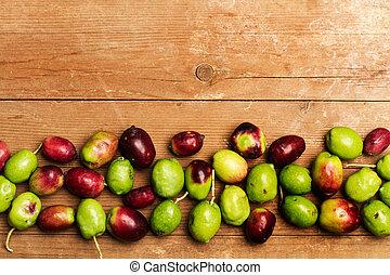 table, bois, olives
