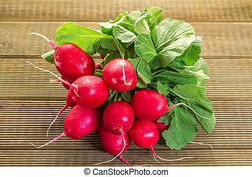 table bois, radis, frais