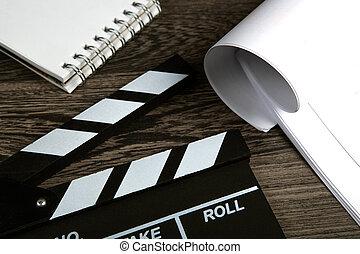 table, cahier, noir, scénario, film, bois, battant, feuilles