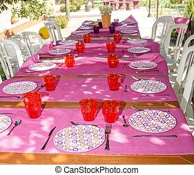 table, décoré