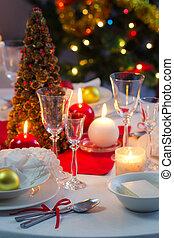table, décoré, noël, lueur bougie, beautifully