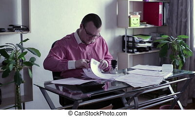 table, documents, homme, signes