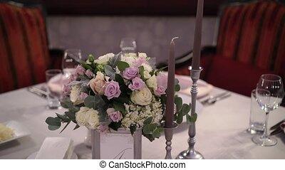 table, fleurs, composition
