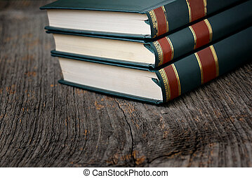 table, livres, pile