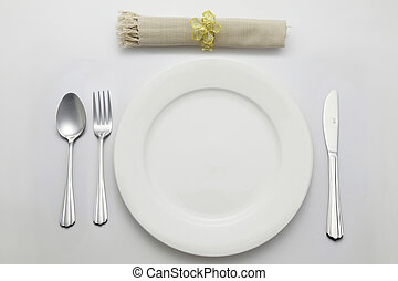 table setting of the dinnerware