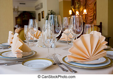 Table setting with plate and a napkin