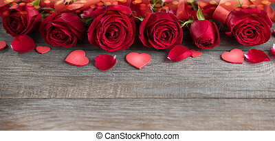 Table with roses and hearts