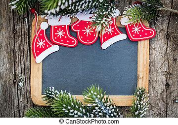 tableau noir, vide, encadré, dans, beau, arbre noël, branches, et, decorations., hiver, fetes, concept., espace copy, pour, ton, texte