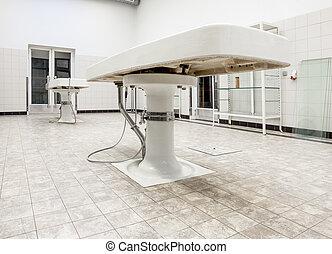 tables, autopsie, morgue