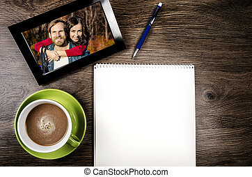 Tablet computer - Tablet pc with a photo of a couple in love