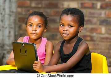 tablet., digital, jóvenes, dos, africano, retrato