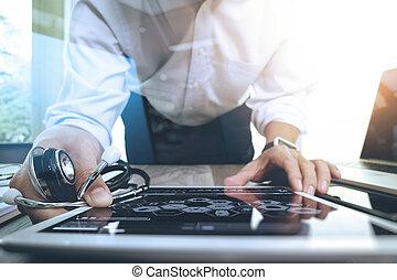 tablet, digitale , arts, werkende , netwerk, moderne, interface, computer, medisch, hand, geneeskunde, concept
