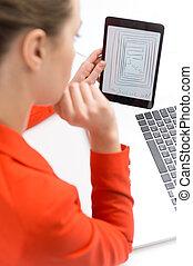 tablet, meisje, denken, op, businesswoman, idea., zittende...
