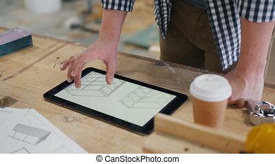tablet, technisch, scherm, timmerman, het kijken, werkjes,...