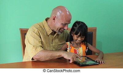 tablet, trots, azie, gebruiken, digitale , meisje