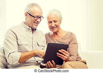 tabletta, párosít, számítógép, otthon, idősebb ember, boldog