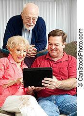 tabletta, -, számítógép, szülők, tanítás, idősebb ember