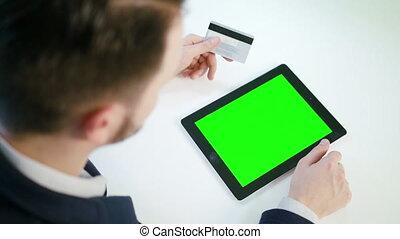 tablette, écran, jeune, vert, utilisation, homme