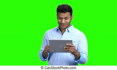 tablette, chat., pc, vidéo, homme, avoir, heureux