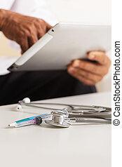 tablette, digital, doktor, gebrauchend