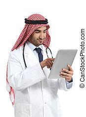 tablette, docteur, brouter, arabe, emirats, saoudien, homme numérique