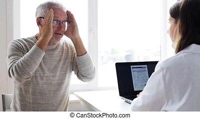 tablette, docteur, hôpital, pc, homme aîné