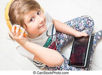 tablette, jeune, casque, musique écouter, enfant