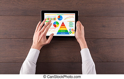 tablette, nourriture, quotidiennement, main, rapport, analyser