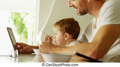 tablette, père, fils, 4k, numérique, utilisation, table