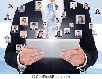 tabliczka, komunikacja, używając, cyfrowy, biznesmen,...