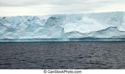 Tabular Icebergs in Antarctica