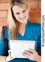 tabuleta, jovem, computador, estudante, usando, ollege