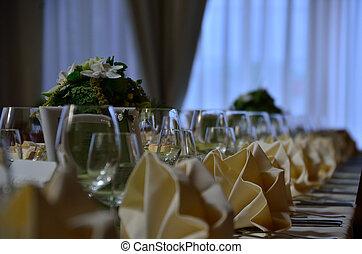 tafels, detail, trouwfeest