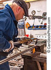 taglio, autogenous, metallo, giovane, welding., andare, pezzo, uomo