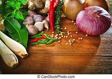 tailandés, cocina, alimento, especia, hierba, pimienta, menta, césped limón, cebolla roja, ajo, frío, jengibre, para, cocina, original, oriental, alimento, syle, encima, madera, tabla