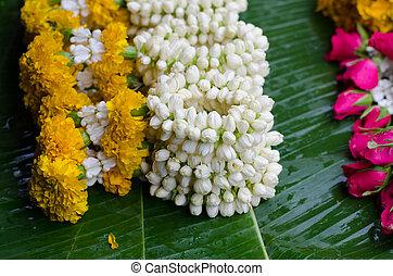 tailandés, estilo, guirnalda, en, mercado de flor, en, tailandia