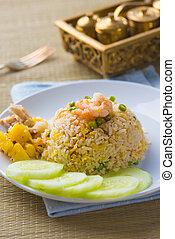 tailandés, estilo, piña, arroz frito