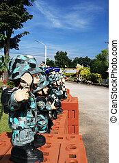 tailandés, militar, escultura, muñecas
