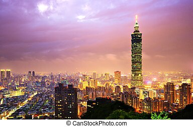 Taiwan, Taipei cityscape at the Xinyi District viewed from Elephant Mountain.