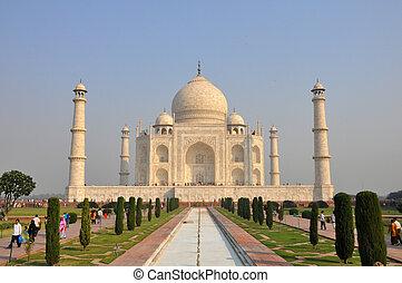 Taj Mahal Agra India - View of the Taj Mahal in Agra, India