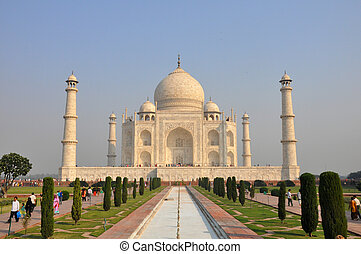 Taj Mahal Agra India - View of the Taj Mahal in Agra, India