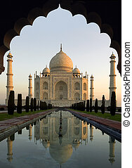 Taj Mahal at Dawn - Agra - India - Taj Mahal at Dawn - The...