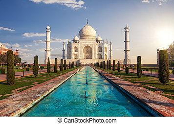 Taj Mahal in India, Agra, gorgeous landmark front view
