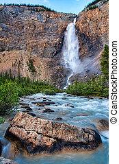 Takakkaw Falls in Yoho Park British Columbia - Takakkaw...